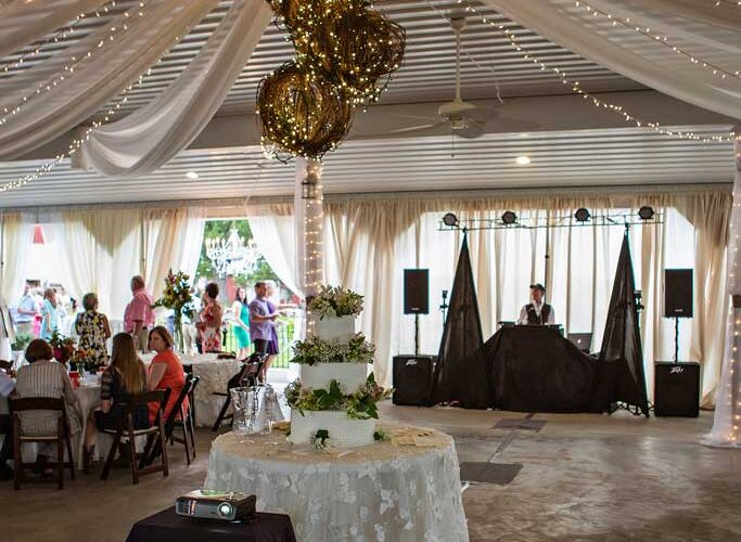 reids-orchard-wedding-reception-decorations-dj